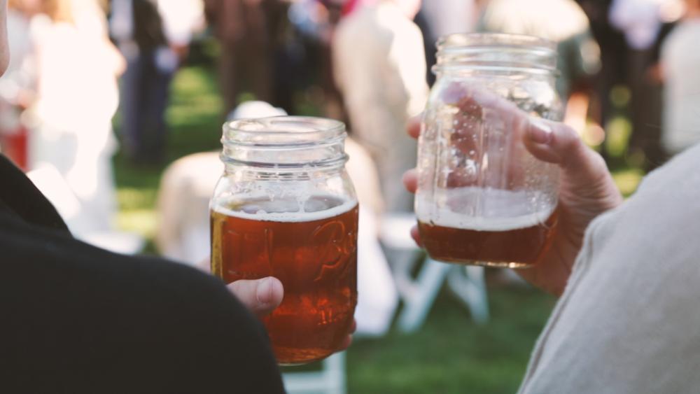Beer in Mason Jars.png