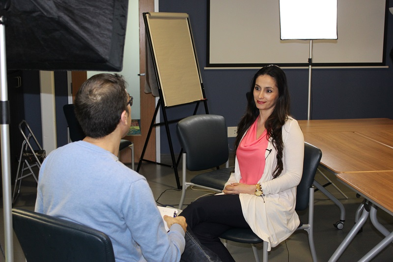 Yolima discusses her stepping stones experience with new canadians TV.