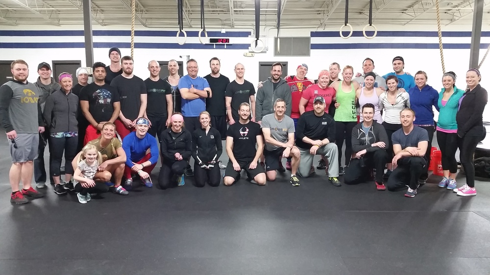 Most of the 15.4 crew posing for a photo at CFPL last Saturday...