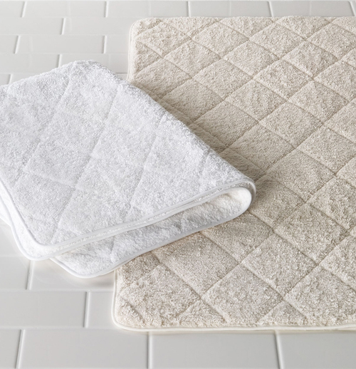 ciaro quilted bath rug — hildreth's home goods