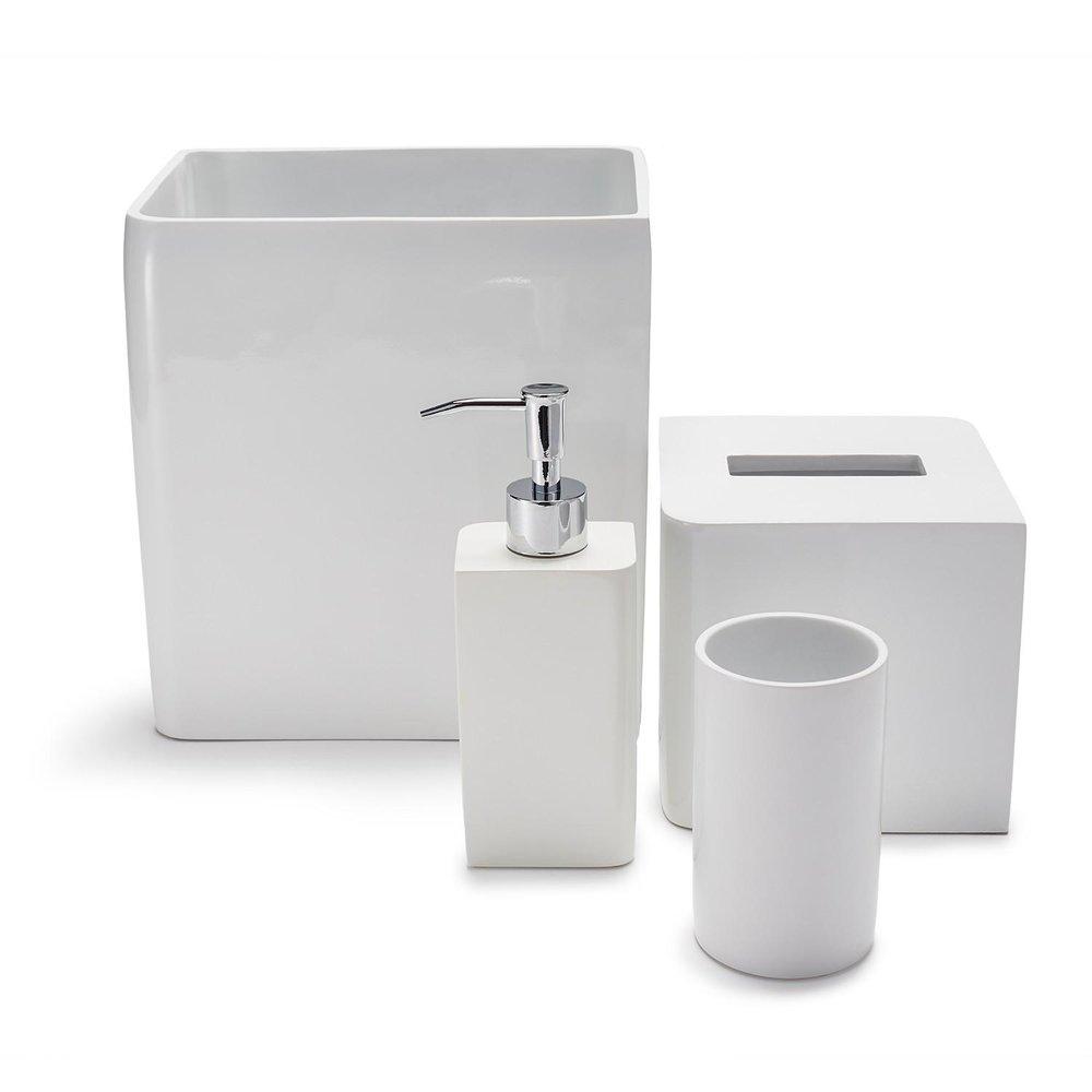 Beau Lacca White Bath Accessories A