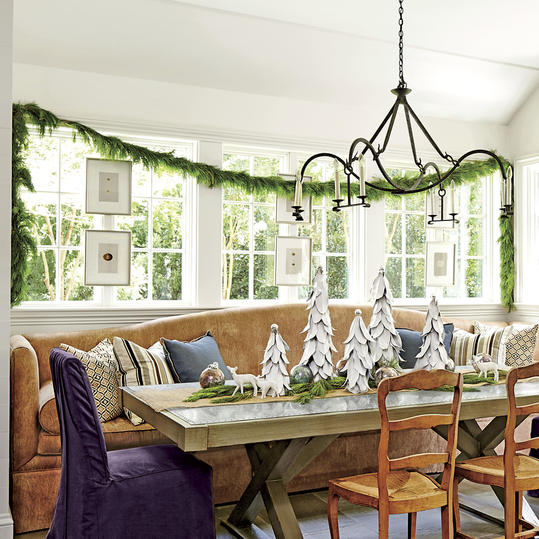 Do you have large windows, use garland as window treatments.