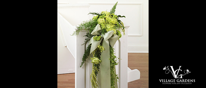 Aisle Decorations- You will always fondly remember that sentimental walk down the aisle to meet your groom. There are many beautiful ways to decorate the aisle. Elegant pew bows, pew arrangements, or candelabra arrangements placed down the aisle make a beautiful entrance for the bride and groom and their guests. Depending on your location, you may want to consider using a magnificent arch topped by a gorgeous floral arrangement for a more dramatic effect. Pretty rose petals scattered along the aisle make a perfect finishing touch to any walk down the aisle.