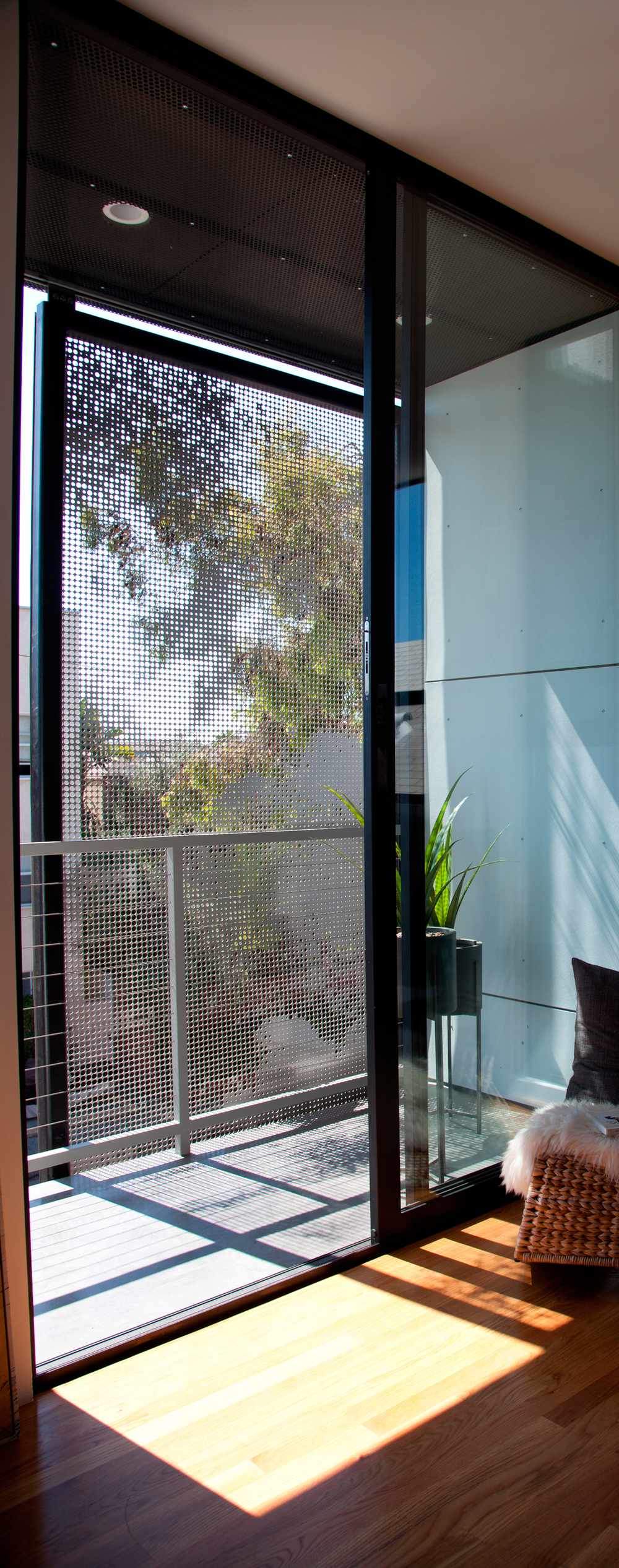 43/45 Brooks Ave   ., Venice, CA, collaboration with Brooks + Scarpa Architects