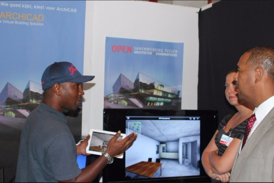 Presentation about our 3D services at Expocas.JPG