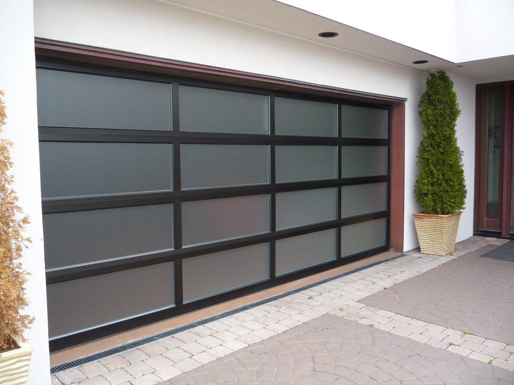 alu garage door.jpg