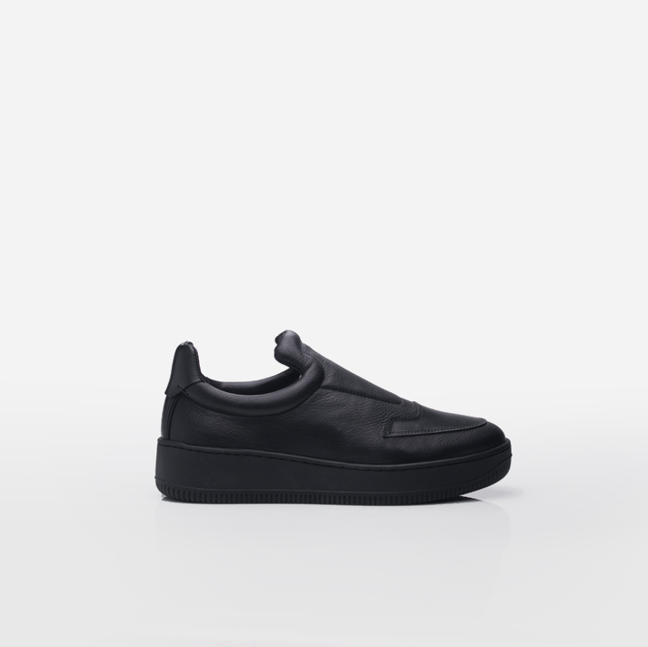 ST. GERMAIN Black calfskin leather