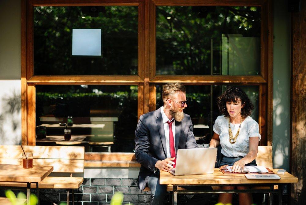 Le rôle - Faisant partie de l'équipe ventes, marketing et opérations, vous serez en première ligne pour l'acquisition de nouveaux clients et pour la croissance des revenus des clients existants.
