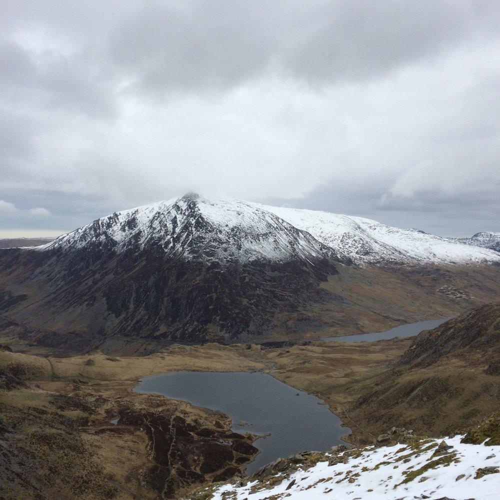 Look at that snowline... Carnedd Llewelyn from Glyder Fawr