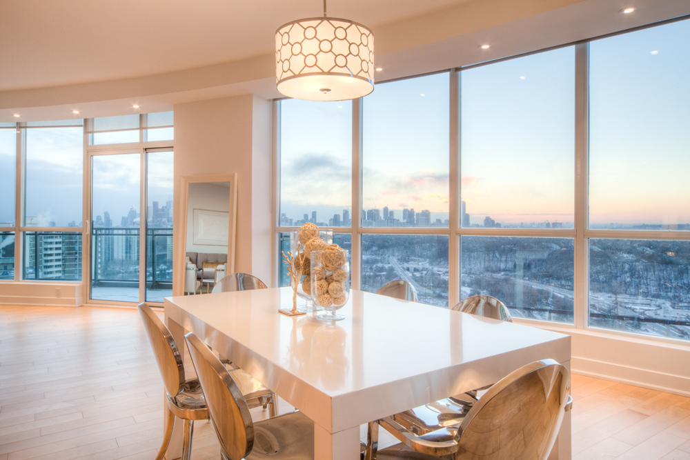 condo staging - dining area