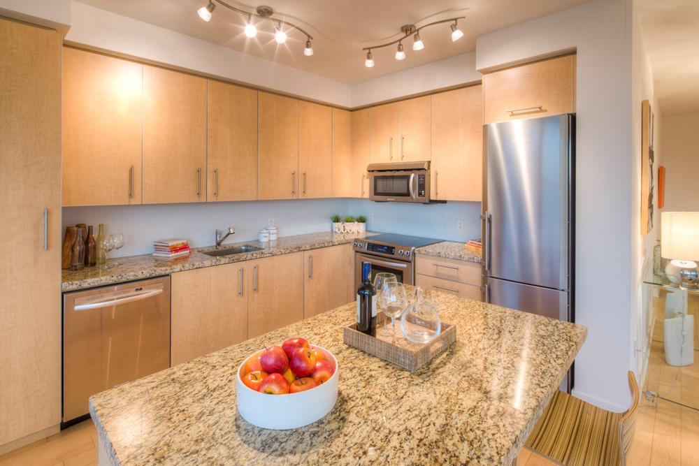 condo staging - kitchen