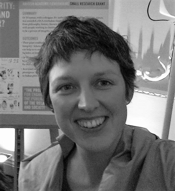 Rachael Wiseman:      Website    ,     Women in Parenthesis Website    .