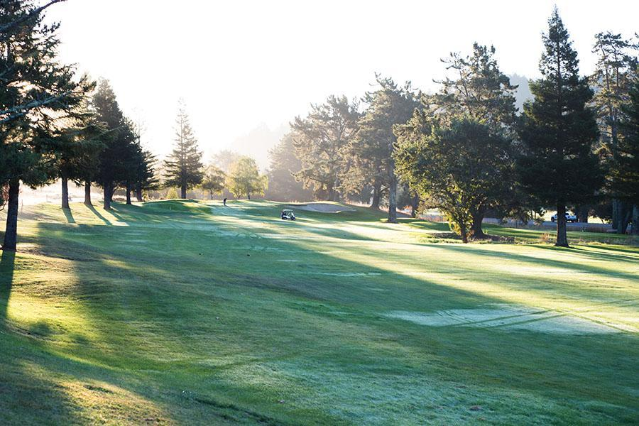 County says yes to golf course purchase