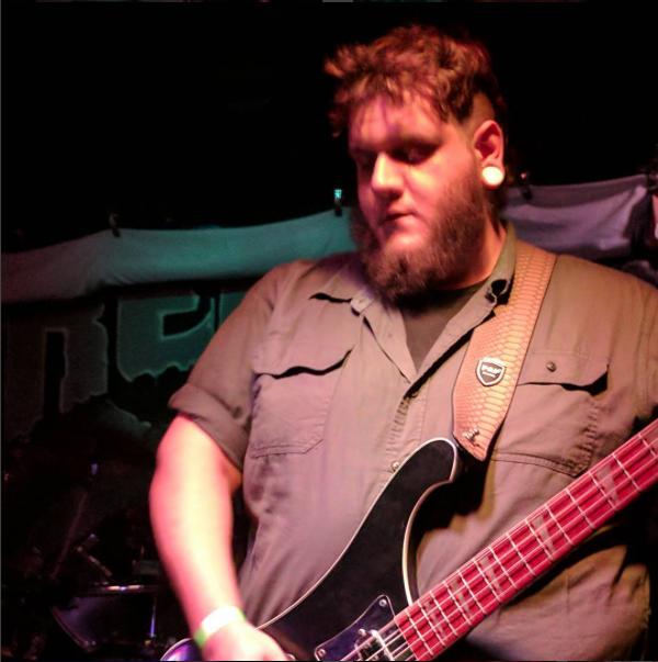 Nick Stanley(Bass) -