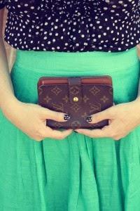 wallet1-200x300.jpg