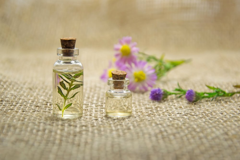aromatherapy-bottles-close-up-672051.jpg