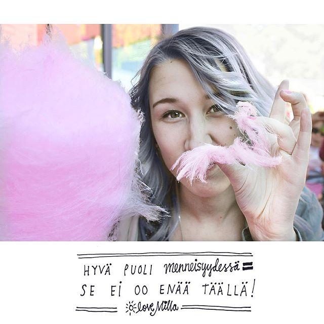 KESÄ!☀️☀️☀️☀️☀️😎🙌 Tänään hattaraa Lintsillä 🍭 Mut huomenna jotain mun menneisyydestä...! 💪🏻🤖🙈 #hattaraaa #linnanmäki #pastispast #yoloo #lovemilla