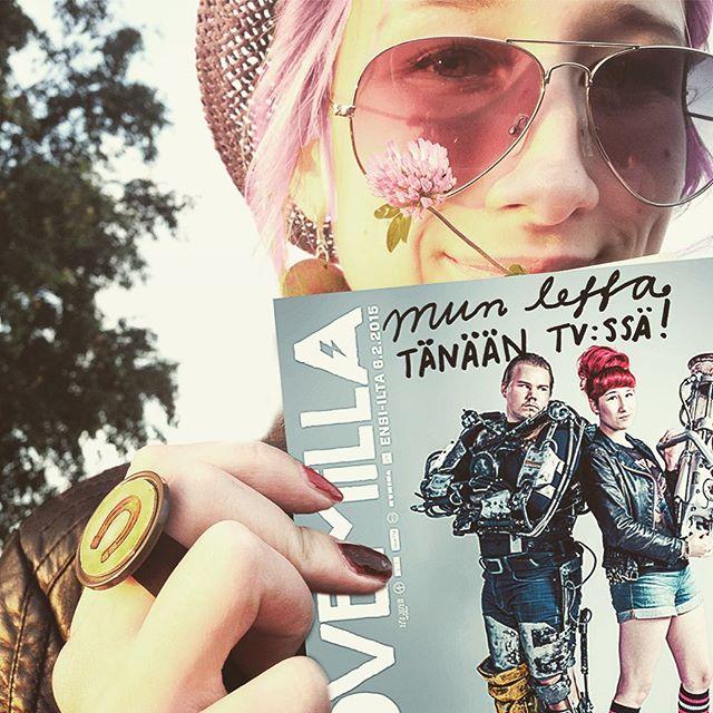 Tarina mun menneisyydestä eli #lovemillaelokuva tulee tänään @yletv2 klo 20!❤️💪🤖 Ja se on kans @yle_areena :ssa 14pvää. ✌️ Kuka ei oo vielä nähny sitä? 🙈📺 #vapaapäivä #helatorstai #leffailta #lovemilla