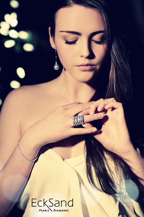 Jewelry photography fashion shoot image 1