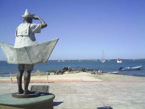 esculptura-viejo-del-mar-malecon-la-paz-baja-california-sur.jpg