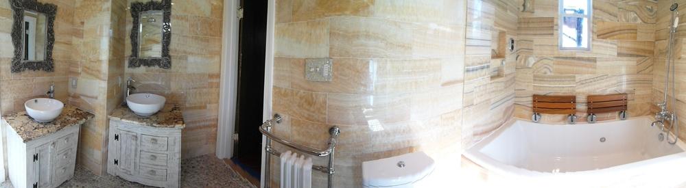 Markson bathroom pano.jpg
