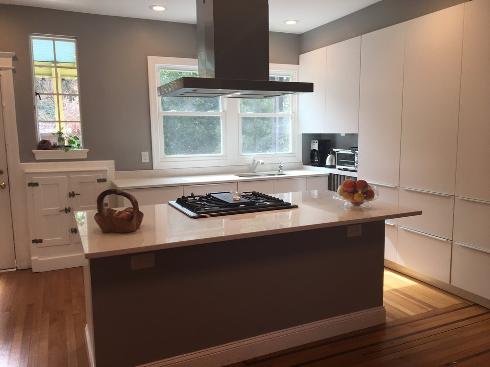 Kitchen - White2.jpg