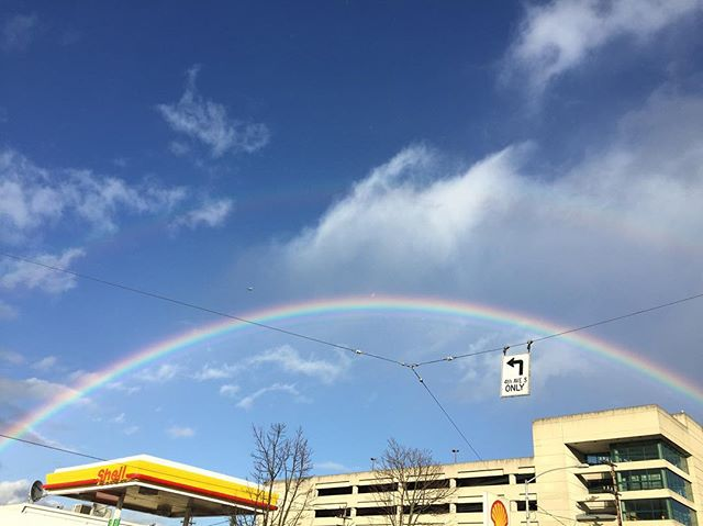 Freakin ridiculous #seattle #rainbowcity #nofilter