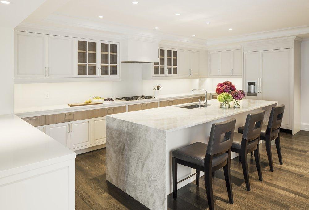 Kitchen380_.jpg