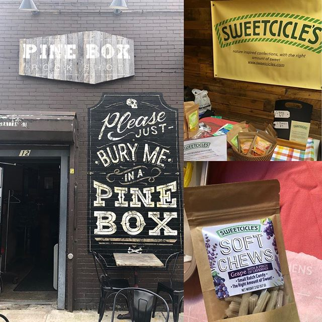 It's very cool and also very vegan @pineboxrockshop today, so many great small brands to check out.  Come say hi 😉#withtherightamountofsweet #sweetcicles #chewycandy
