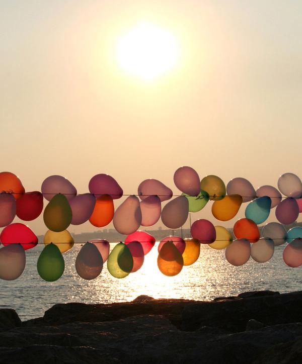 sunset_balloons_by_tiaramia1