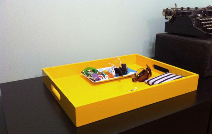 yellow_tray