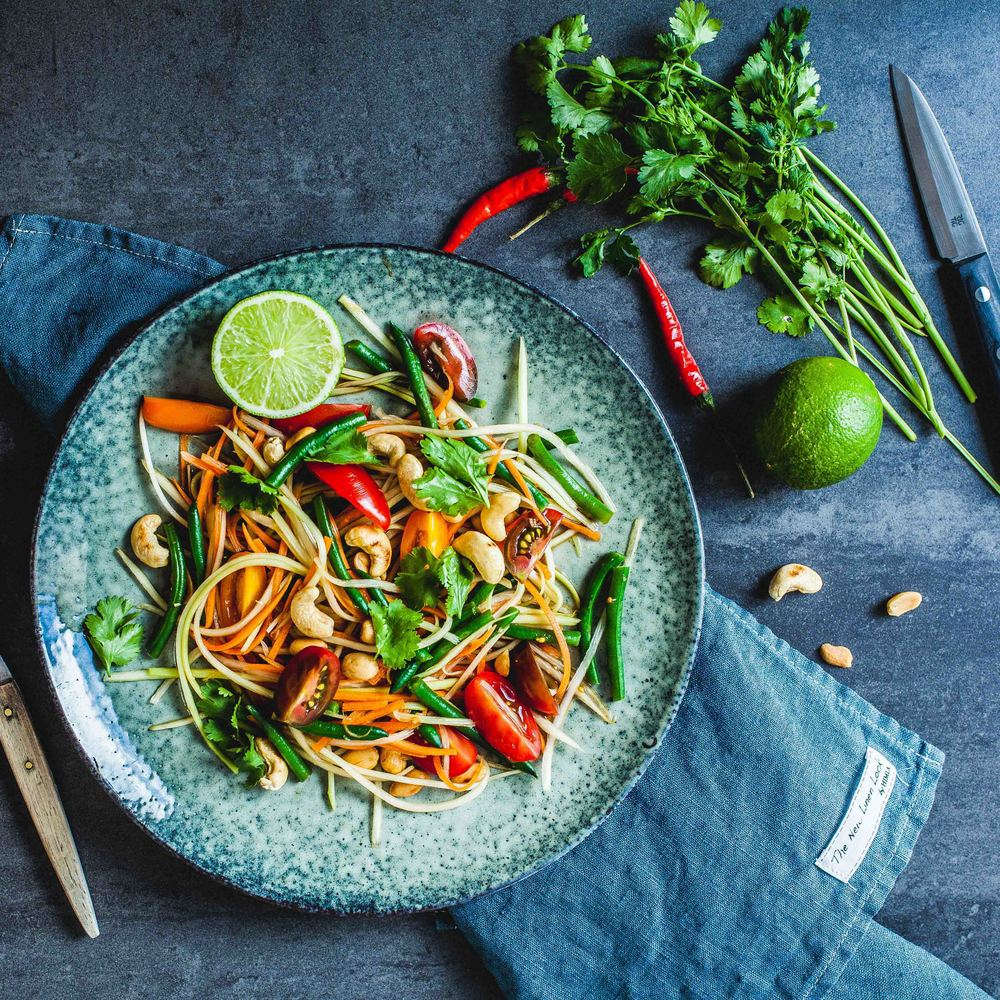Green Papaya Salad - www.madelinelu.com