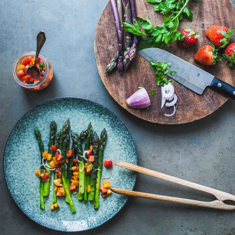 Asparagus with Cherry Tomato and Strawberry Relish - www.madelinelu.com