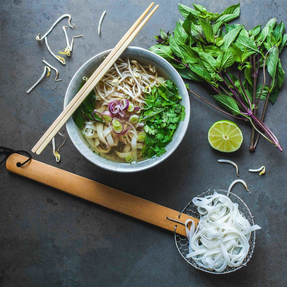 Vegan Vietnamese Pho - www.madelinelu.com
