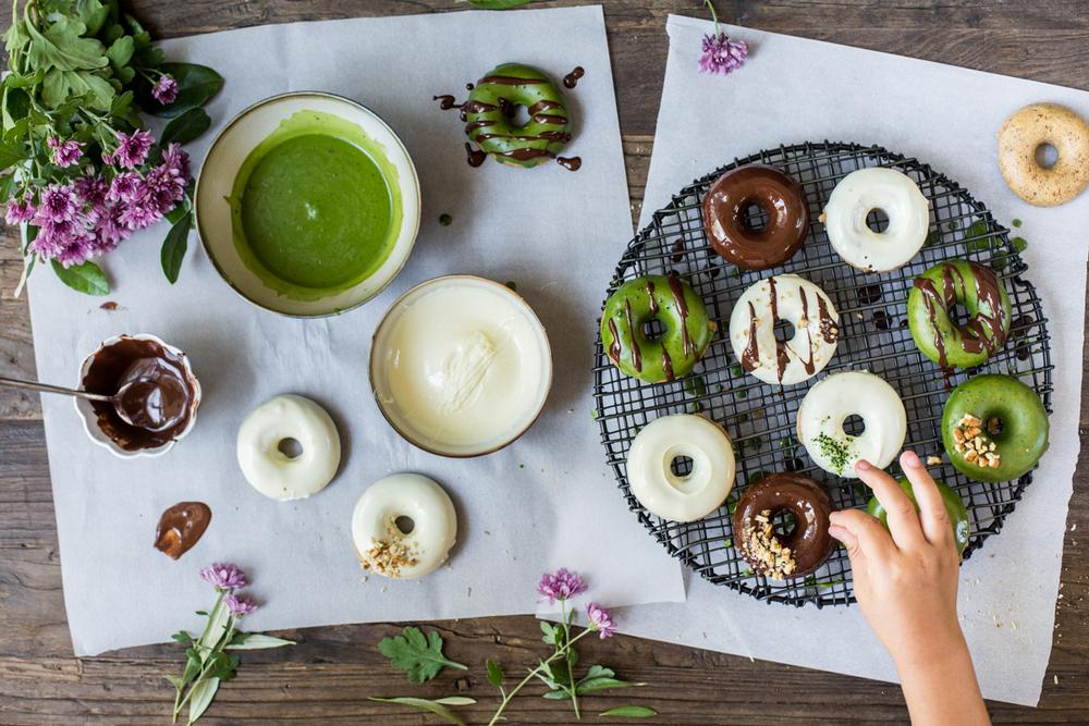 Vegan Donuts - Glazing 1