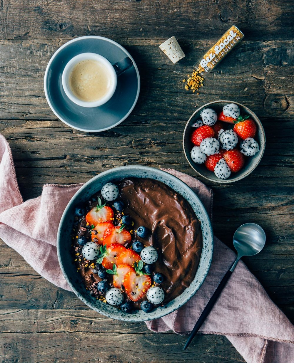 Avocado Cocoa Mousse Bowl - @lumadeline - by Madeline Lu