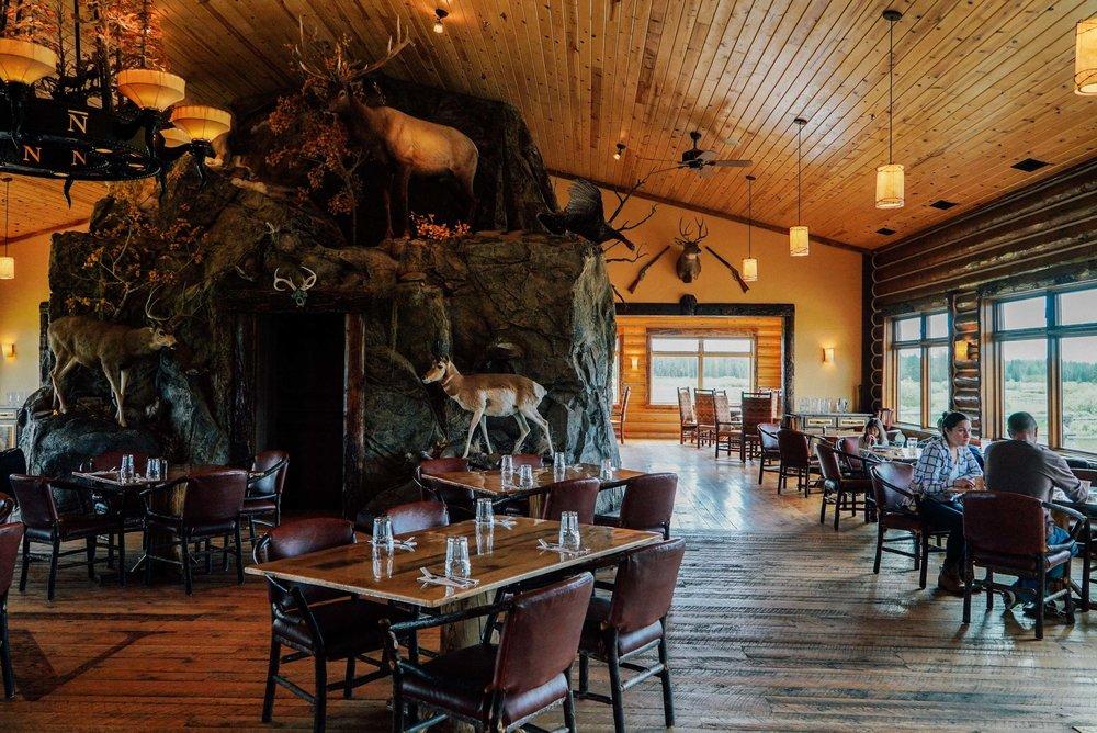 Bar+&+Ranch+Yellowstone-4.jpg