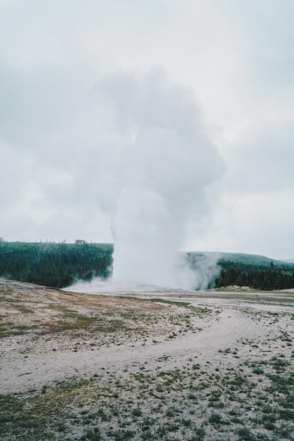 Yellowstone-18.jpg