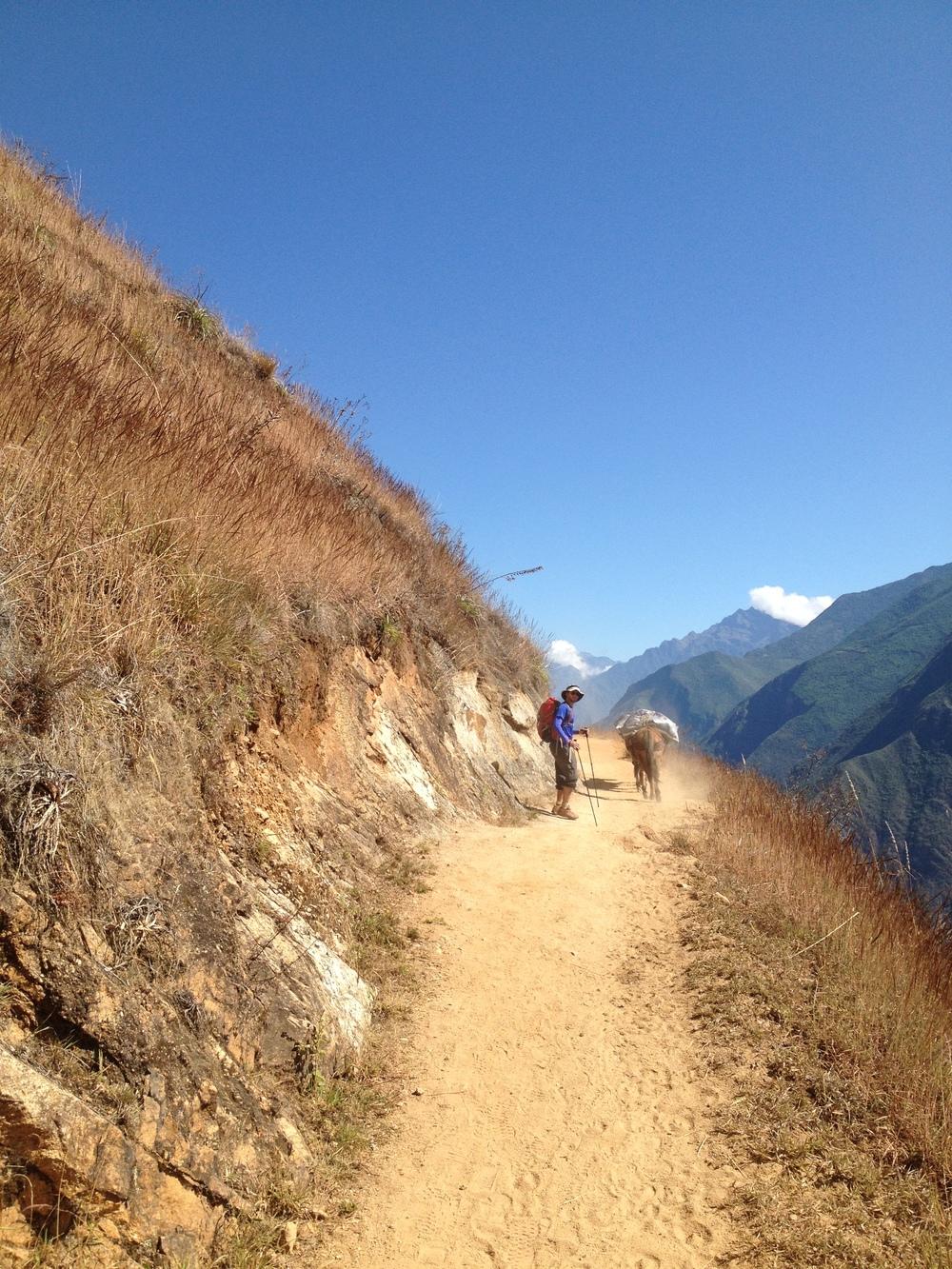 A Choquaqueriao trail.JPG