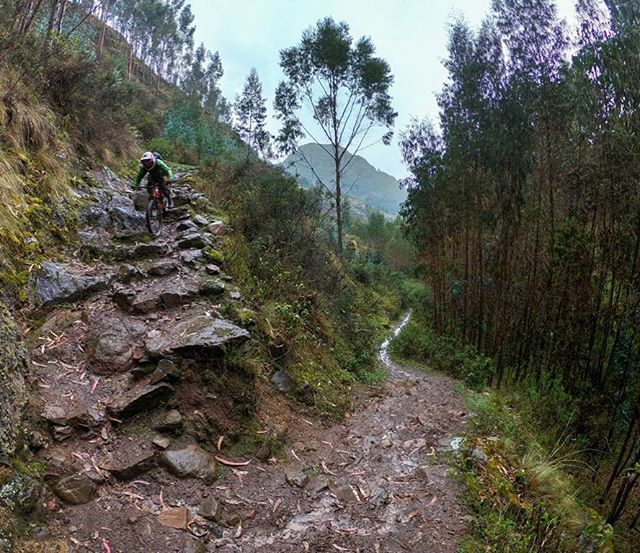 Inca stair sections on almost every trail this week with @geoffgulevich and a super rad crew! #rideperu