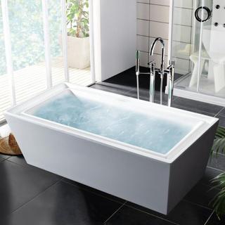 bathroom tub.jpeg