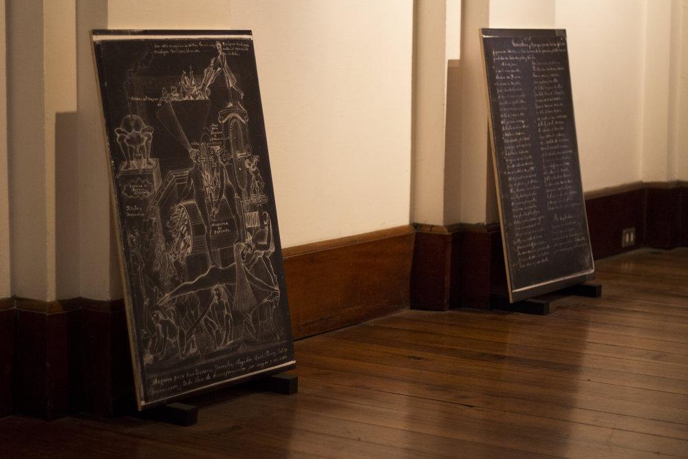 Images in El cuaderno rojo. Property of Archivo Nacional de Costa Rica. Installation View, Alianza Frances, Costa Rica.  Images by Verónica Alfaro. 2017