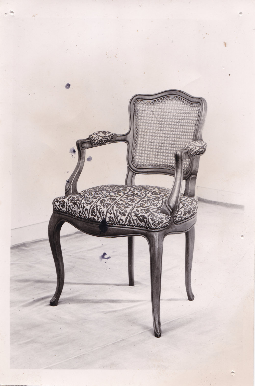 Chair found in one of Roderich´s last hideouts. It is believed to be his favorite working chair, where he signed the order for the mass killings. RTF/Archive