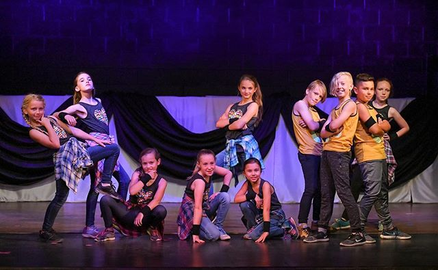 Sneak peek into our CSDA recital! These kids rocked dress rehearsal, now it's just time to share it all with YOU! Recital performances are Thursday and Friday, May 10 & 11 at 6:30pm. See link in bio to get tix. #centerstreetdance #csda #theartsatcenterstreet #local #original #meaningful