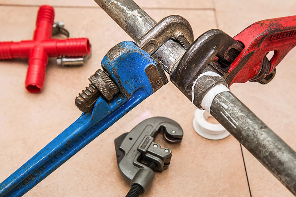 SEO for plumbers is notoriously competitive. Luckily there are free tools you can use to help your plumbing business rank above your competitors.