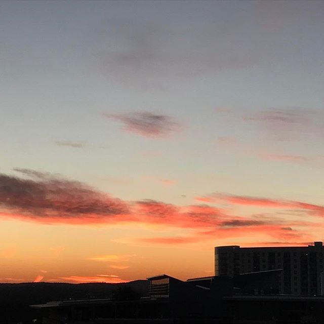 This view. #derbynights #alwaysdreaming #austin #sunset