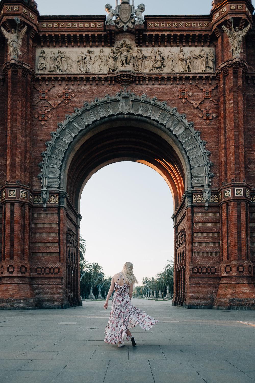 Hola Espana - Barcelona