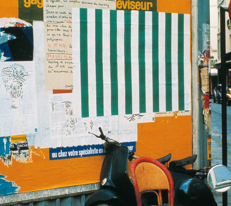 aniel Buren  Affichage sauvage , Paris, April 1968 Imprinted paper with white and green stripes