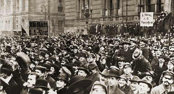 Mass demonstration in Berlin, 1919.