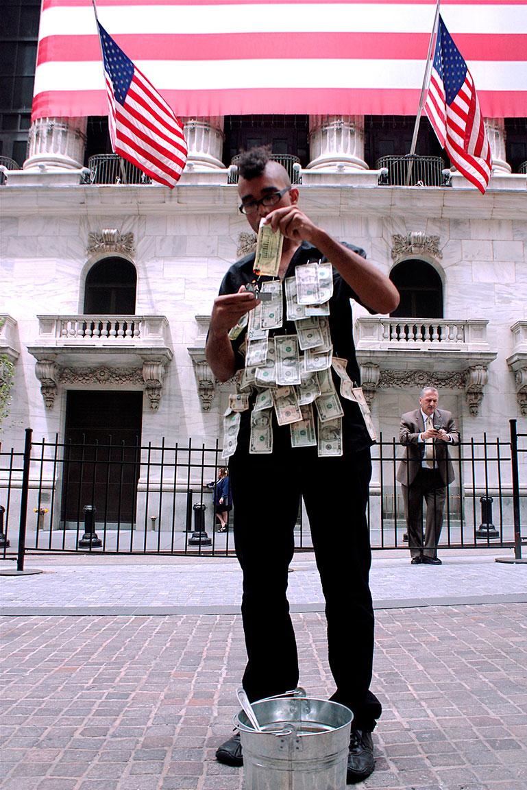Dread Scott Money to Burn (2010) Performance, 40 min., video documentation, 3 min. 28 sec.